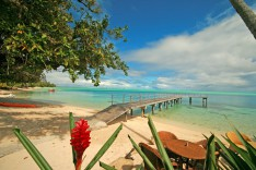 Beach of the Relais Mahana in Huahine island