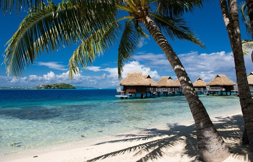 Affordable Bora Bora and Moorea (with Breakfast and Dinner)