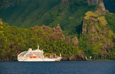 Cruise in Marquesas islands